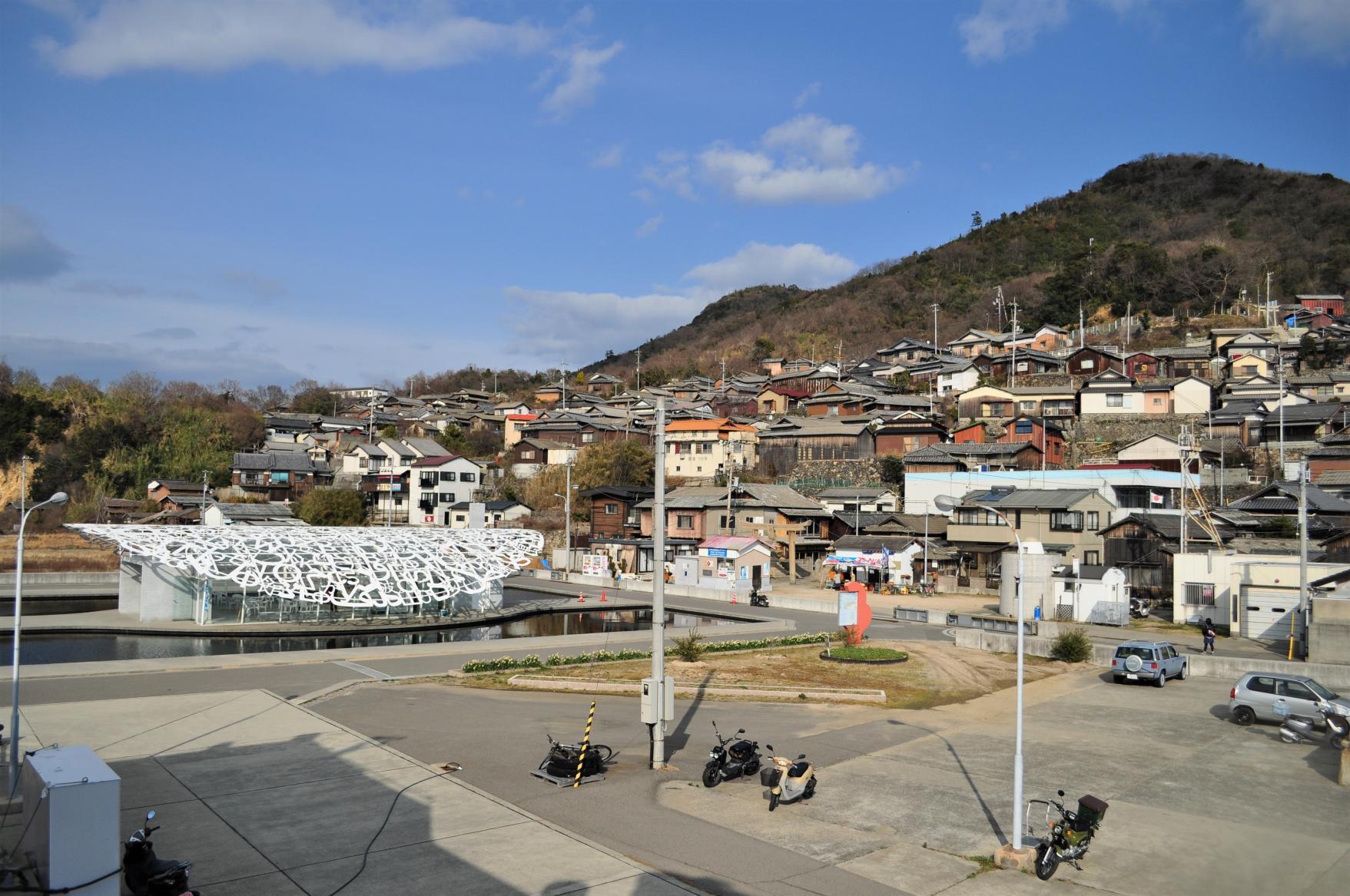 Ogijima: Labyrinthine Streets and Eye-catching Art-2