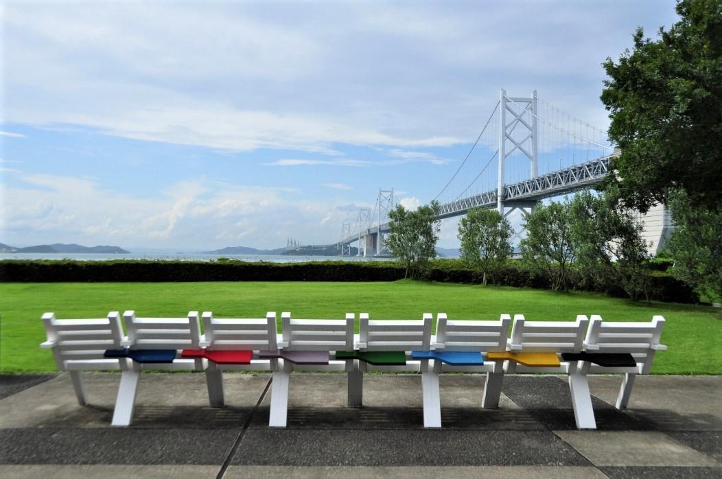 Love Nine-legged race, Love / Syuzo Fujimoto