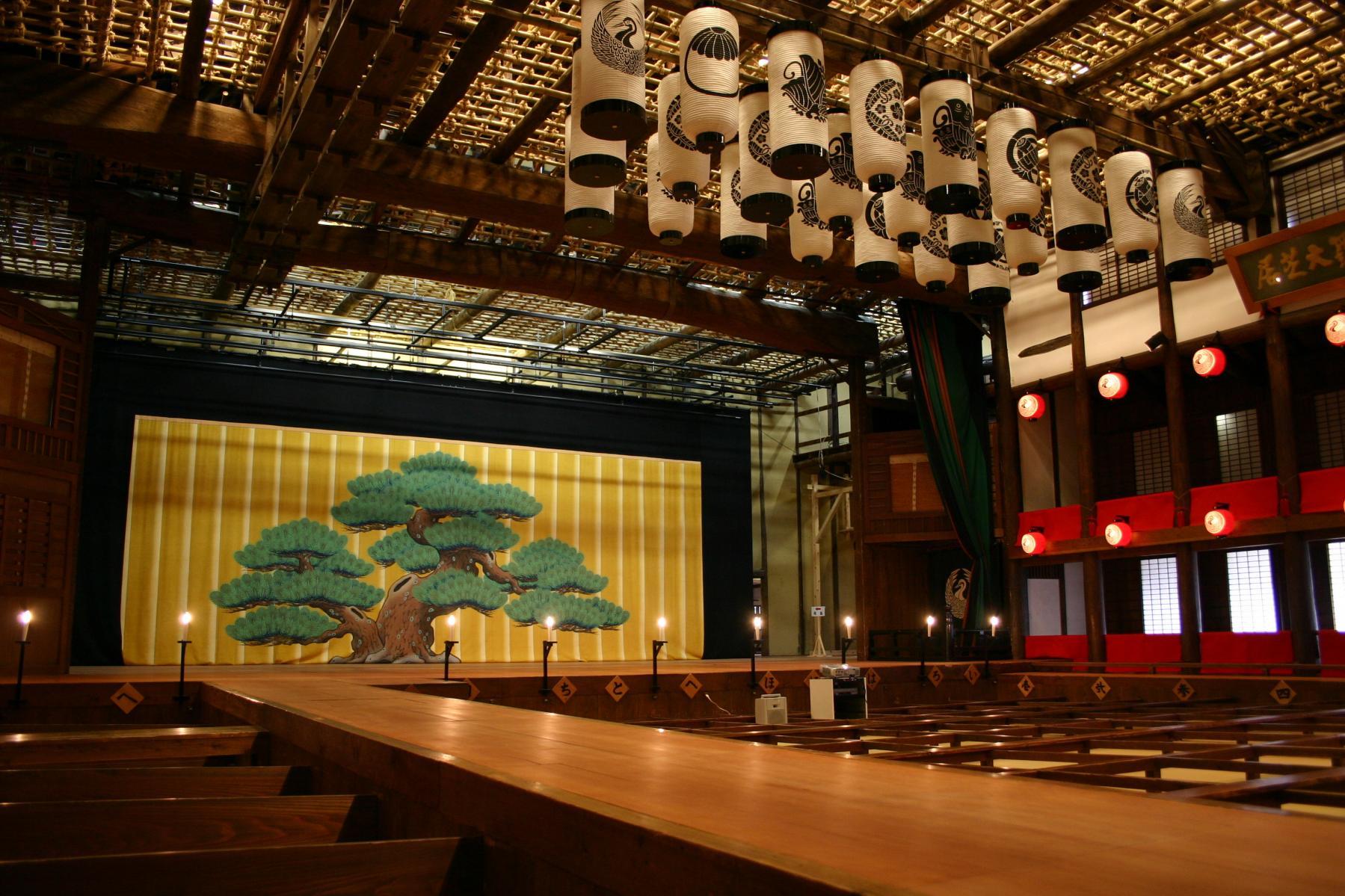 Konpira Grand Theater (Kanamaruza)-1
